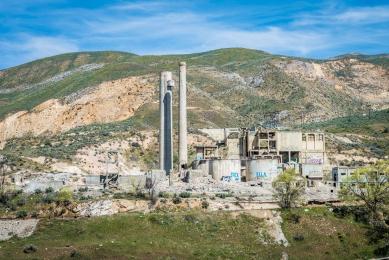 Abandoned cement plant - Oregon
