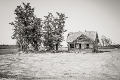 Abandoned home in Vale, OR