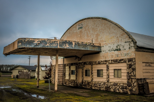 Abandoned building in Shedd, Oregon