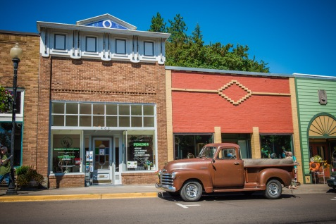 This truck was in the movie, and is parked where Gordie walks out of the store at the beginning of the movie.