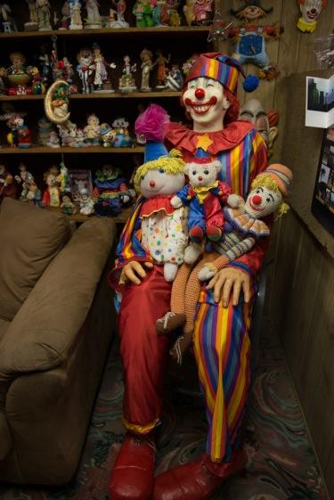 bodie-mono-lake-clown-motel-122