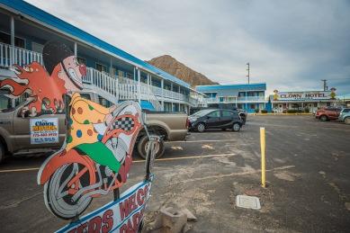bodie-mono-lake-clown-motel-142