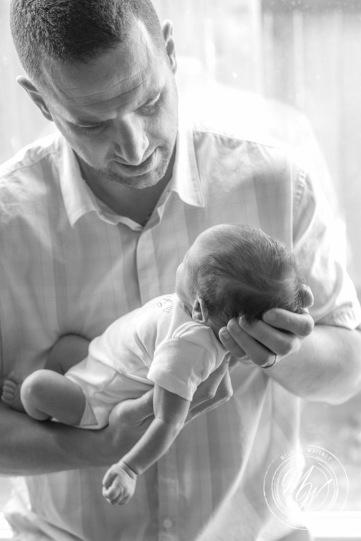 Von Maxwell's Newborn Photos-35
