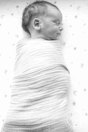 Von Maxwell's Newborn Photos-40