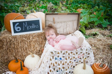 Miss Violet's 6 Month Photos-59