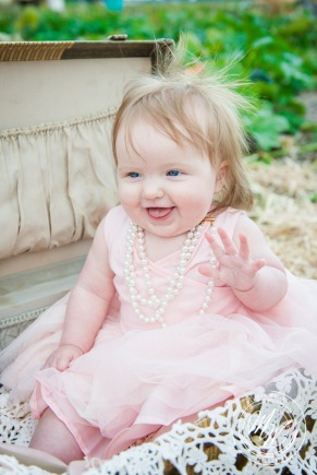 Miss Violet's 6 Month Photos-67