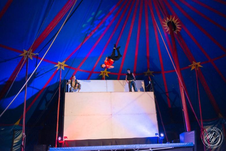 Flynn Creek Circus - Adrift-71